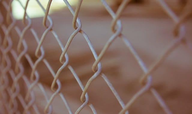 Ile kosztuje wykonanie ogrodzenia metalowego Warszawa? Sprawdź aktualne ceny!