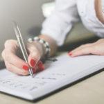 Pisanie prac dyplomowych – dlaczego masz z tym problem?